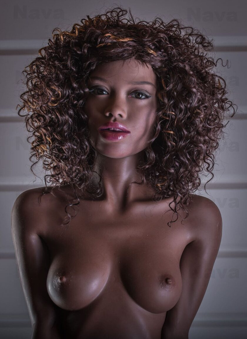 черная секс кукла в полный рост