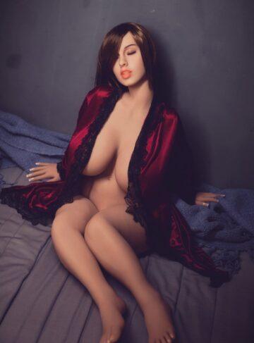 секс-кукла милфа женщина