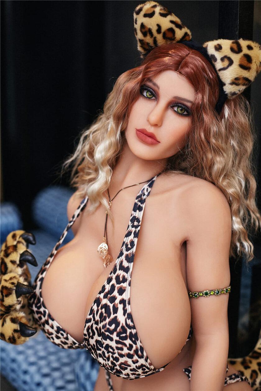 секс кукла женщина грудастая