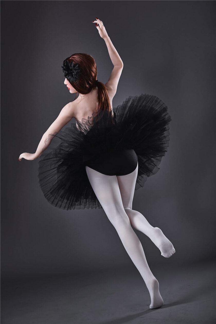 секс кукла балерина черный лебедь