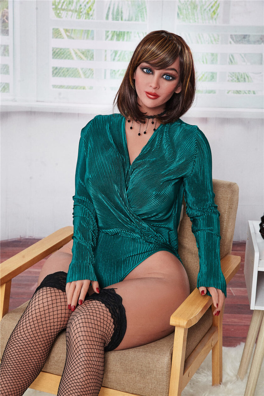 секс-кукла взрослая милфа