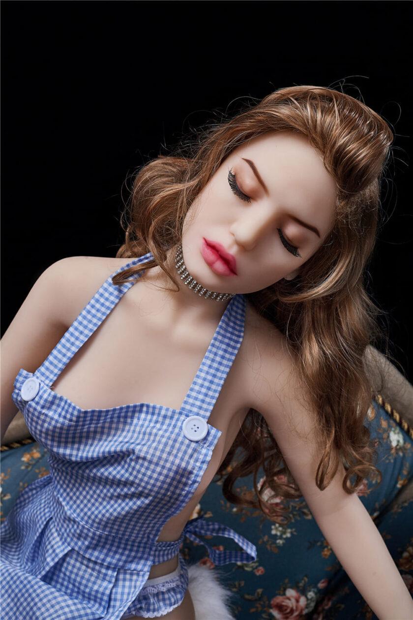 секс кукла маленькая