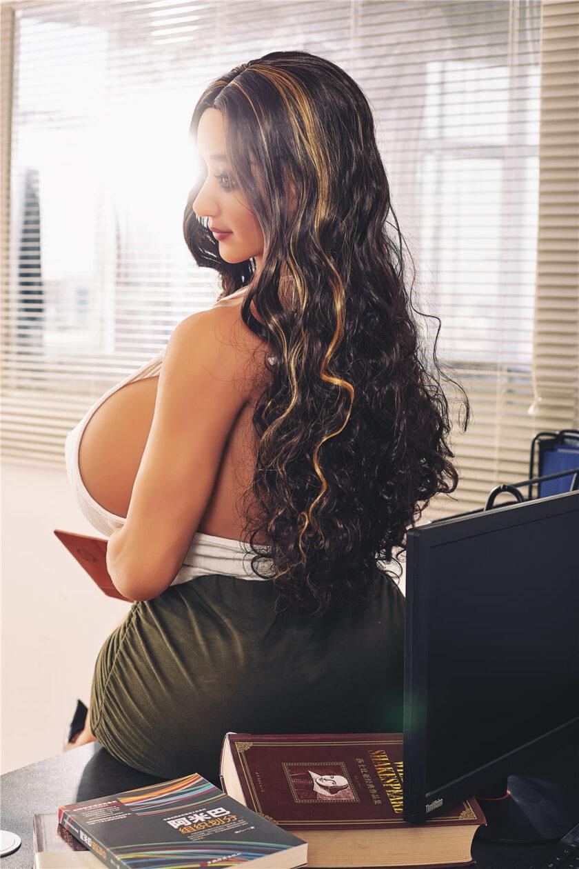 силиконовая женщина