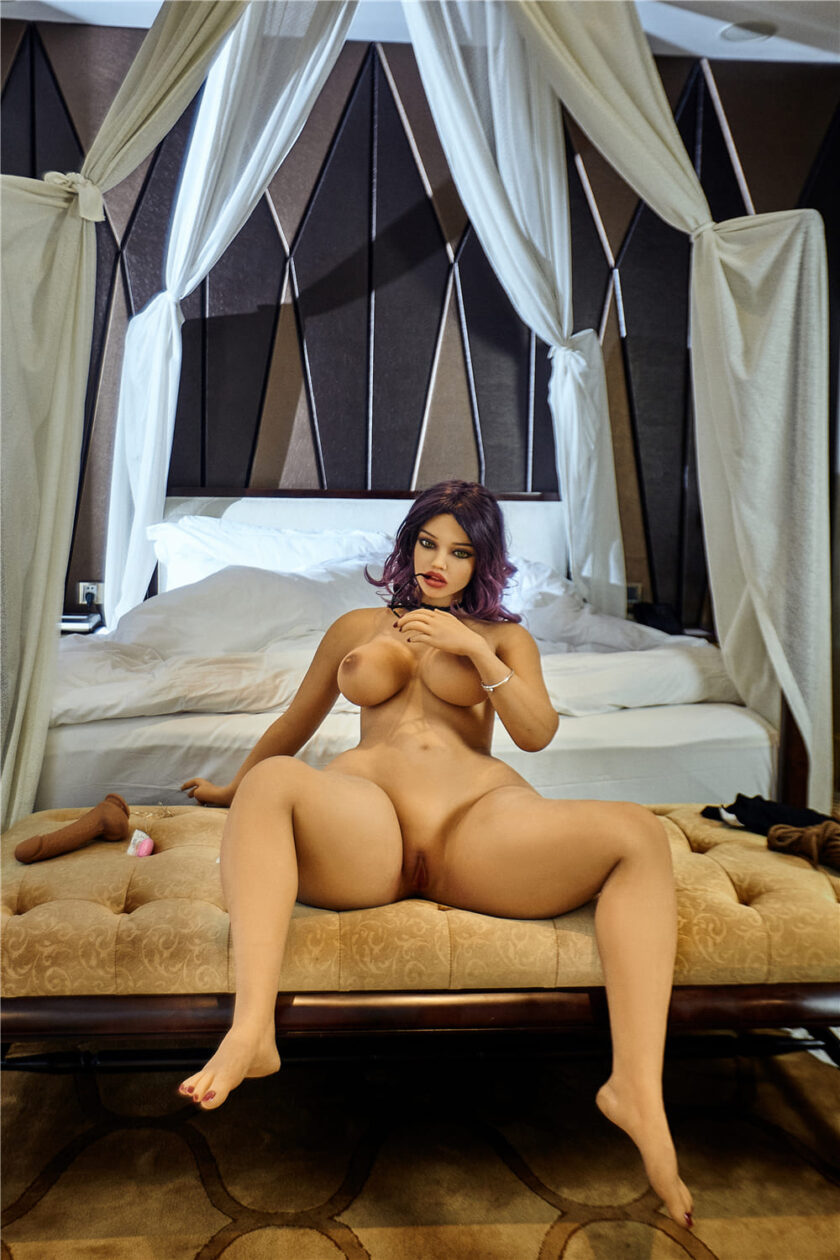 секс кукла пышешькая