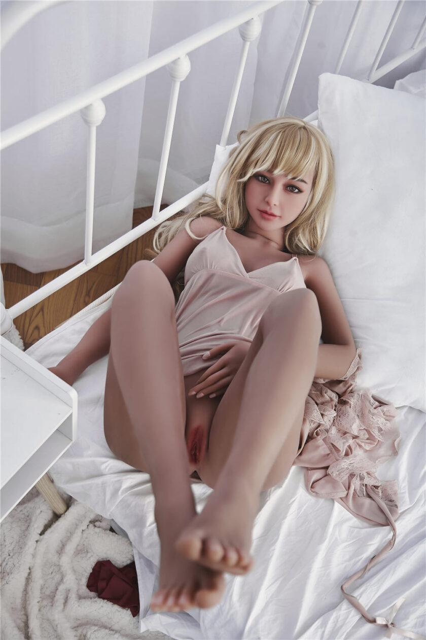секс кукла студентка
