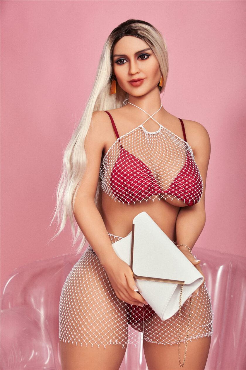 секс кукла с красивой фигурой