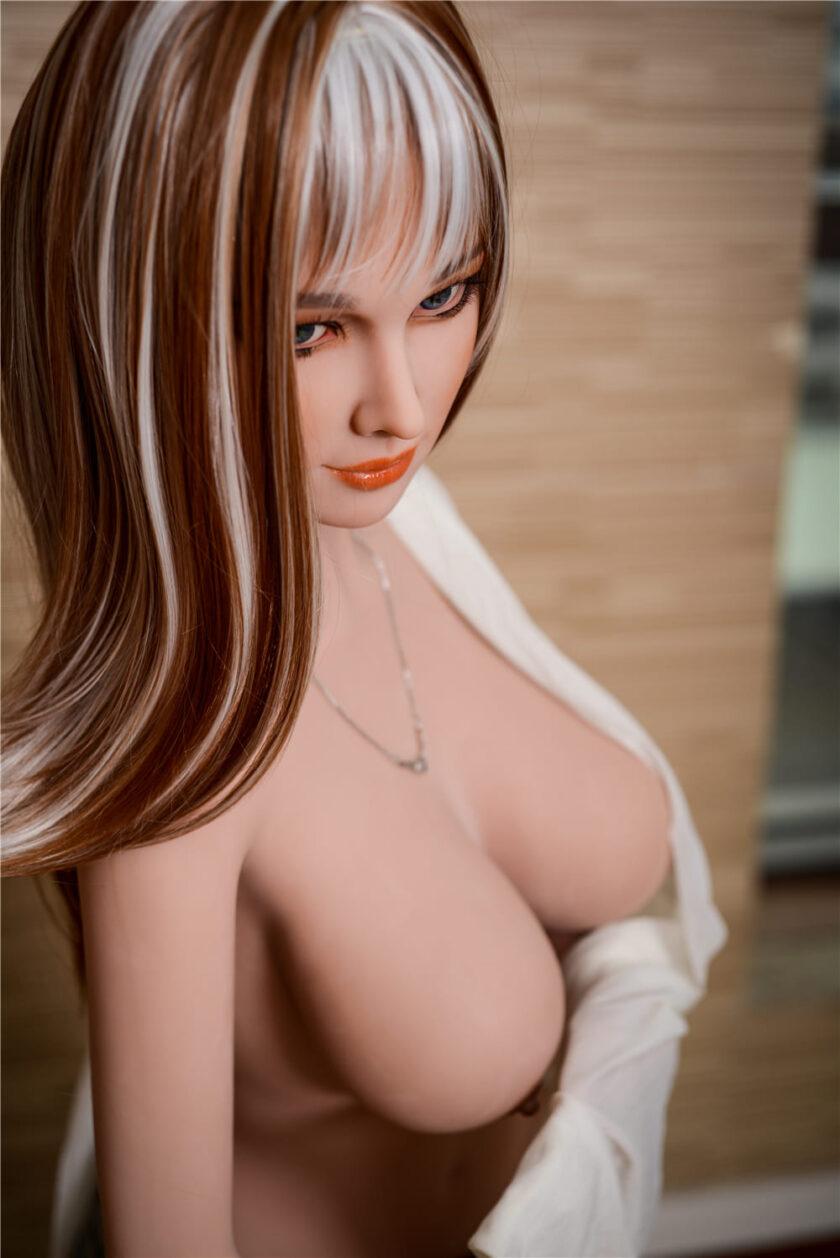 секс кукла реалистичного роста