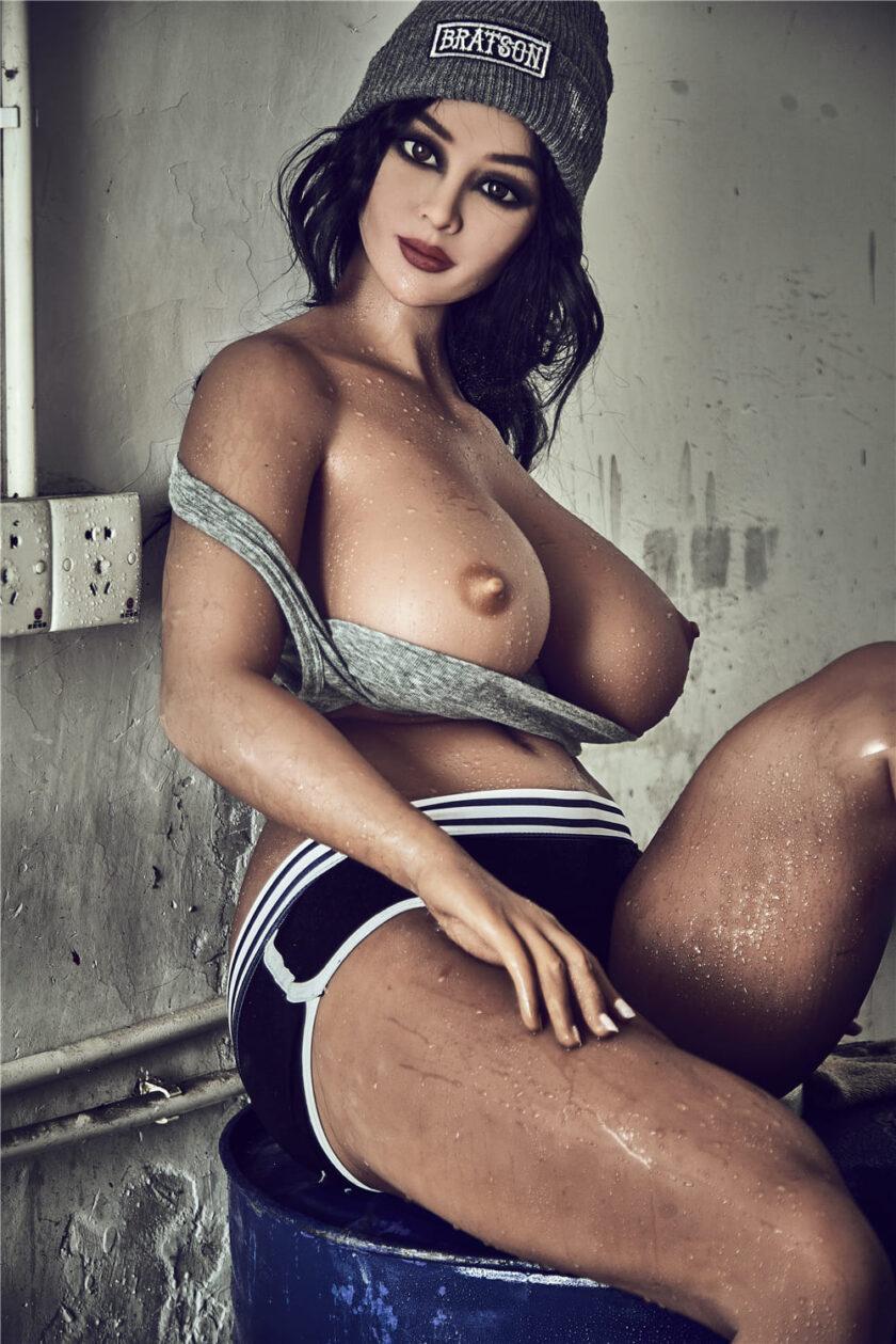 большая силиконовая грудь кукла