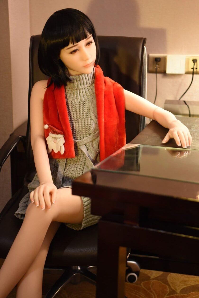 секс кукла с очень маленькой грудью