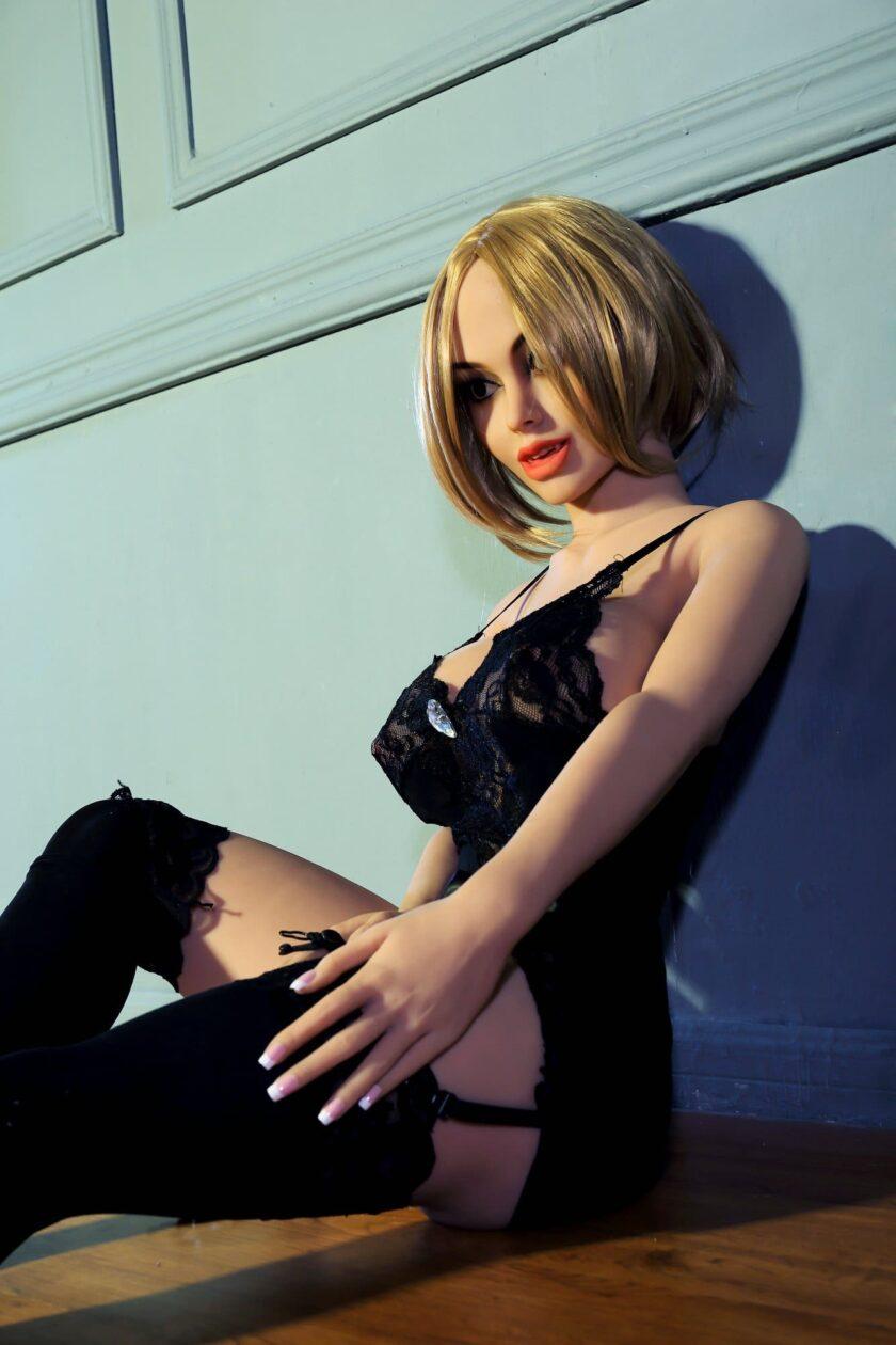кукла секс шопа вампир для взрослых