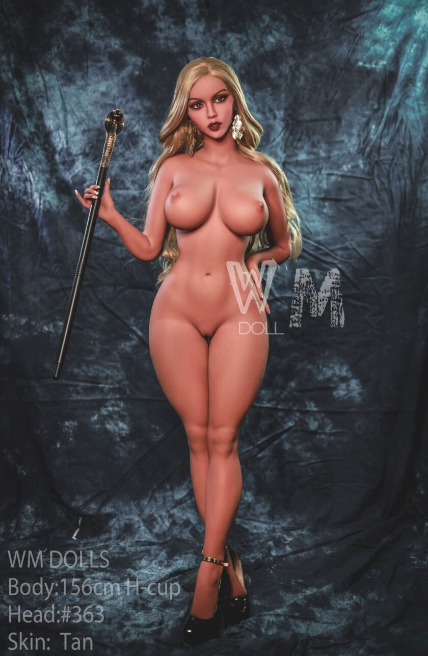кукла секс шопа фантастическая
