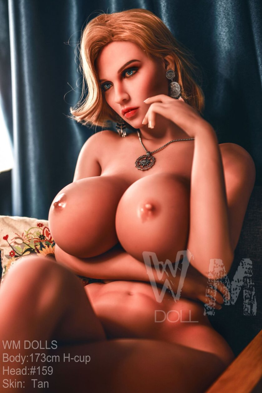 Секс кукла большие сиськи