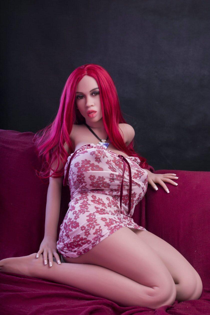 Секс кукла с большой грудью
