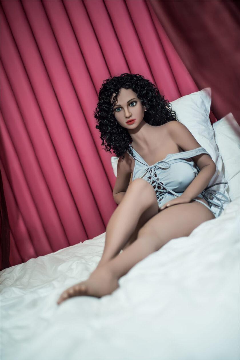 Резиновая женщина реалистичная купить в Украине