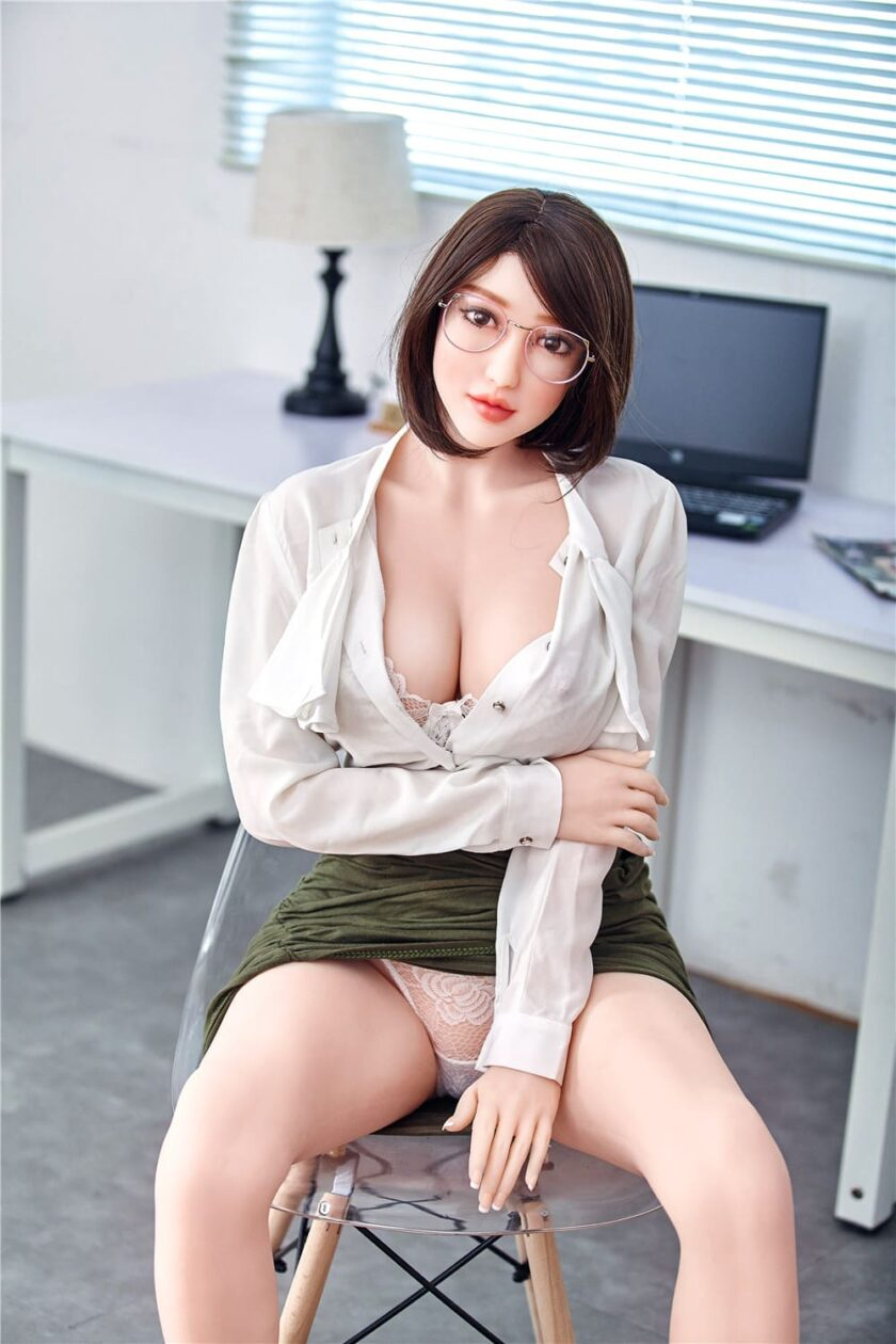 Купить реалистичную секс куклу из силикона по лучшей цене