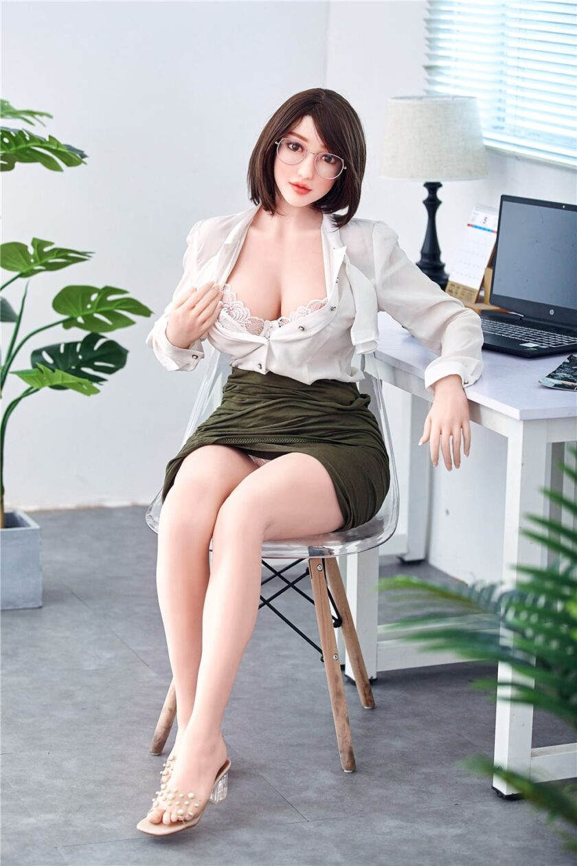 Азиатская секс-кукла Киев