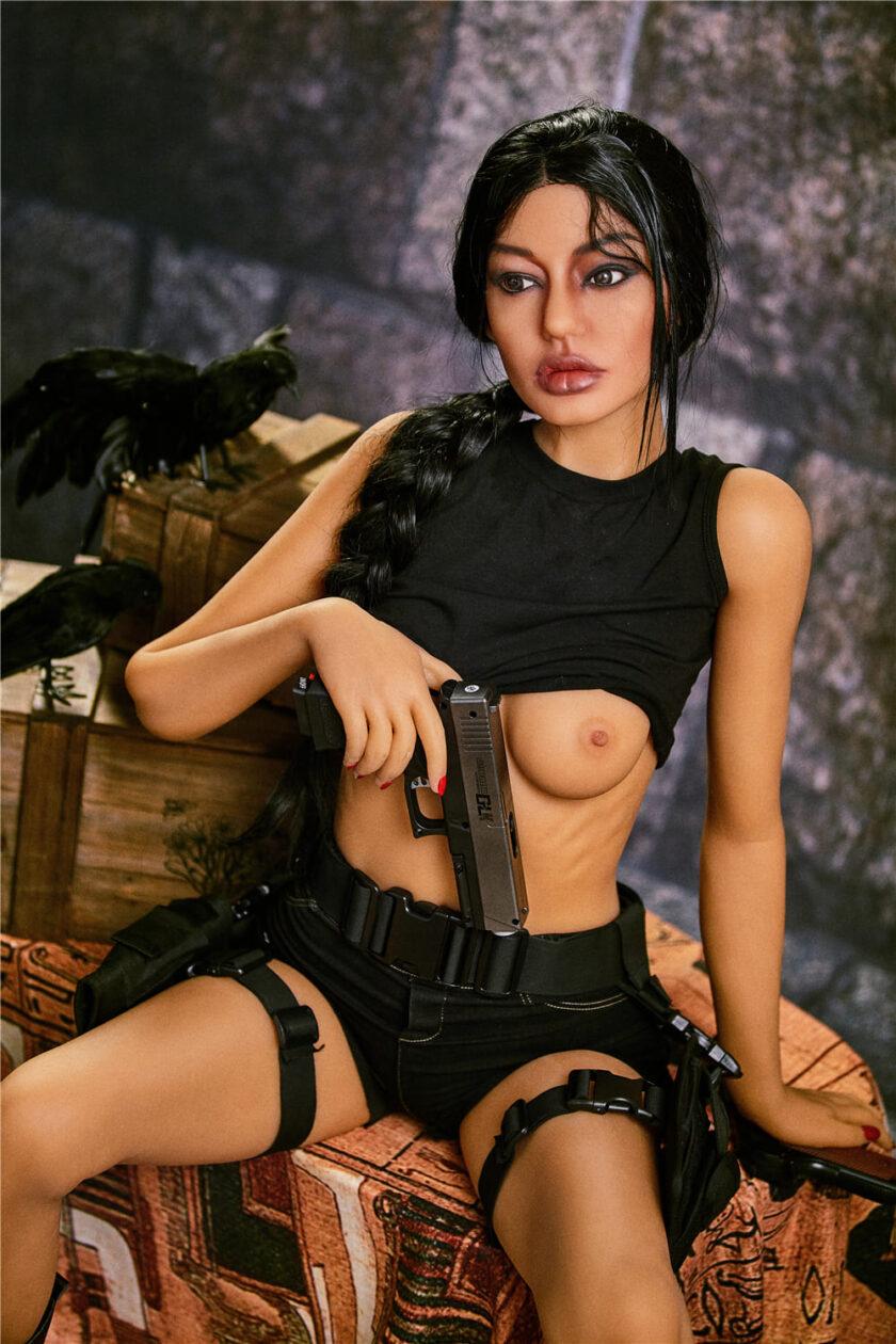 Секс кукла худенькая брюнетка