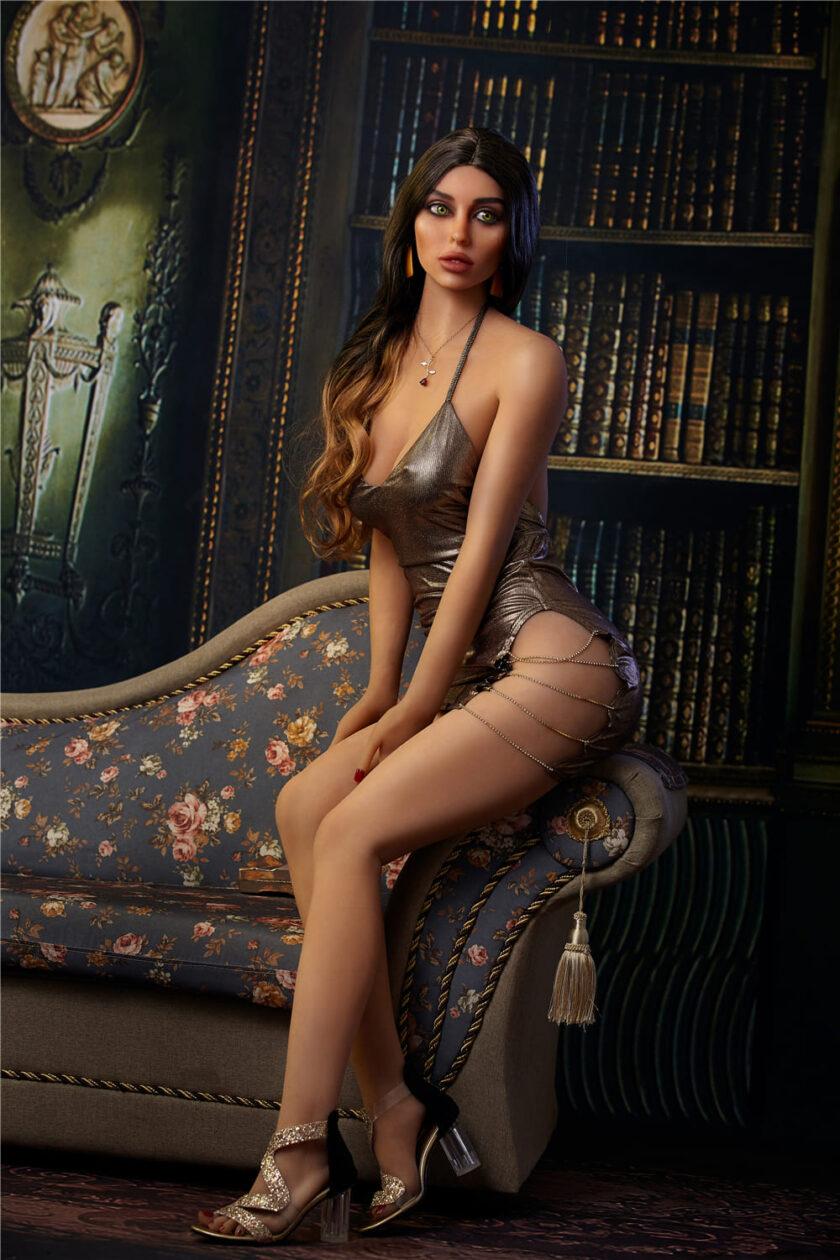 Секс кукла модельной внешности