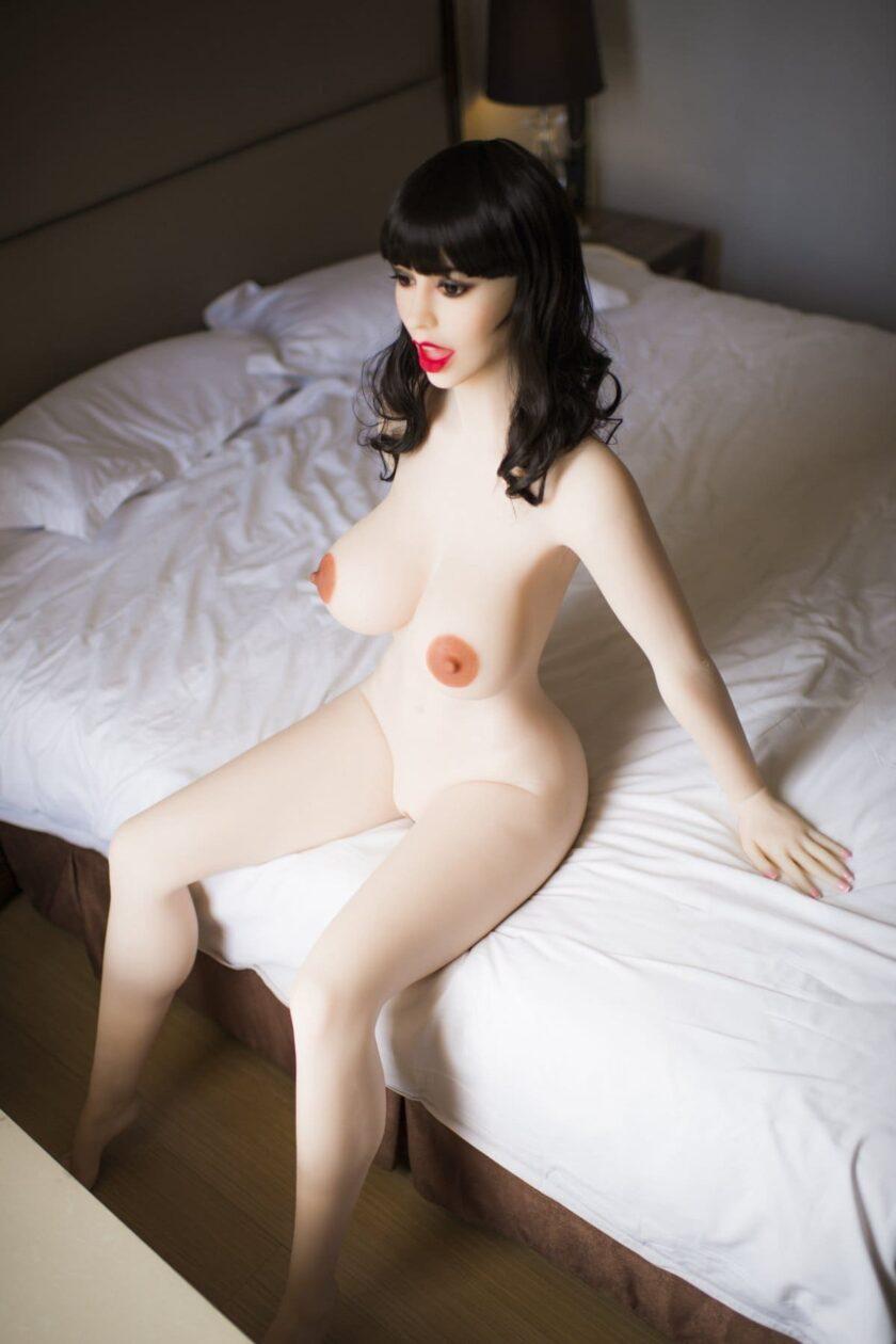 Секс-кукла - большой открытый ротик