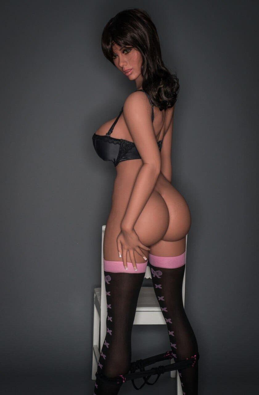 Высокая резиновая секс кукла